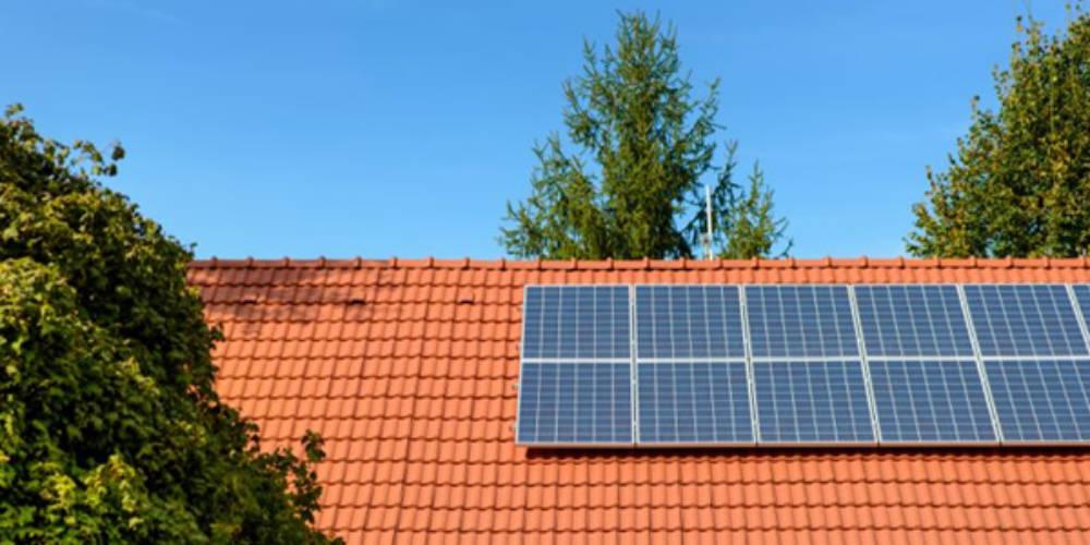 Energia solar faz sucesso entre os famosos
